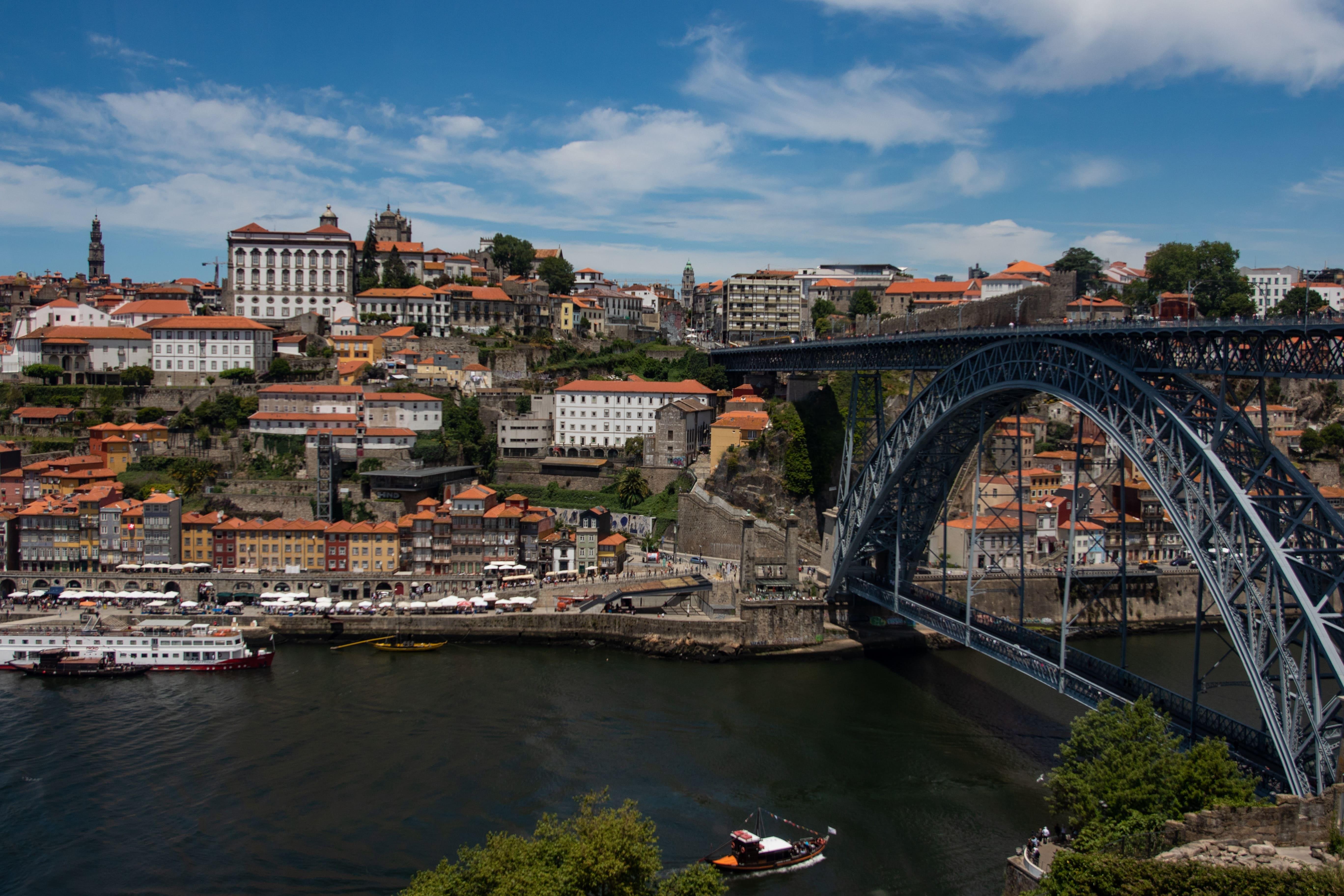 Câmara do Porto abre concurso para arrendar 500 imóveis para habitação acessível