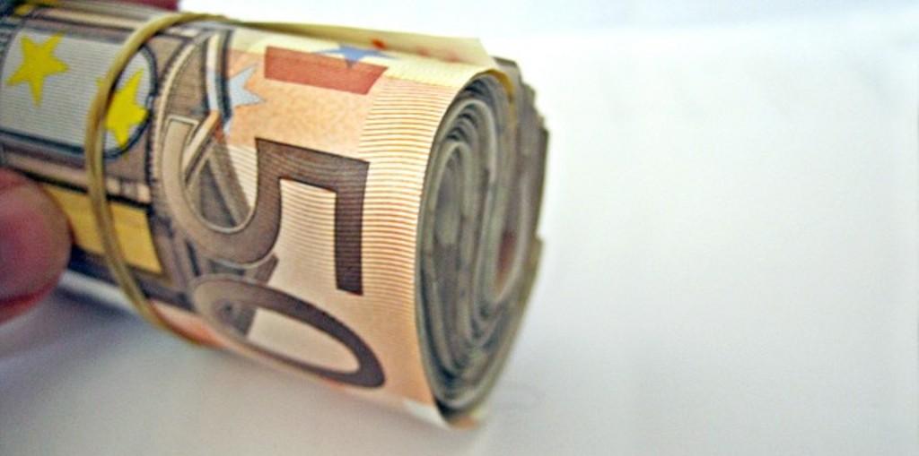 Dinheiro, cheque ou transferência? Escrituras terão de dizer como são pagos os imóveis