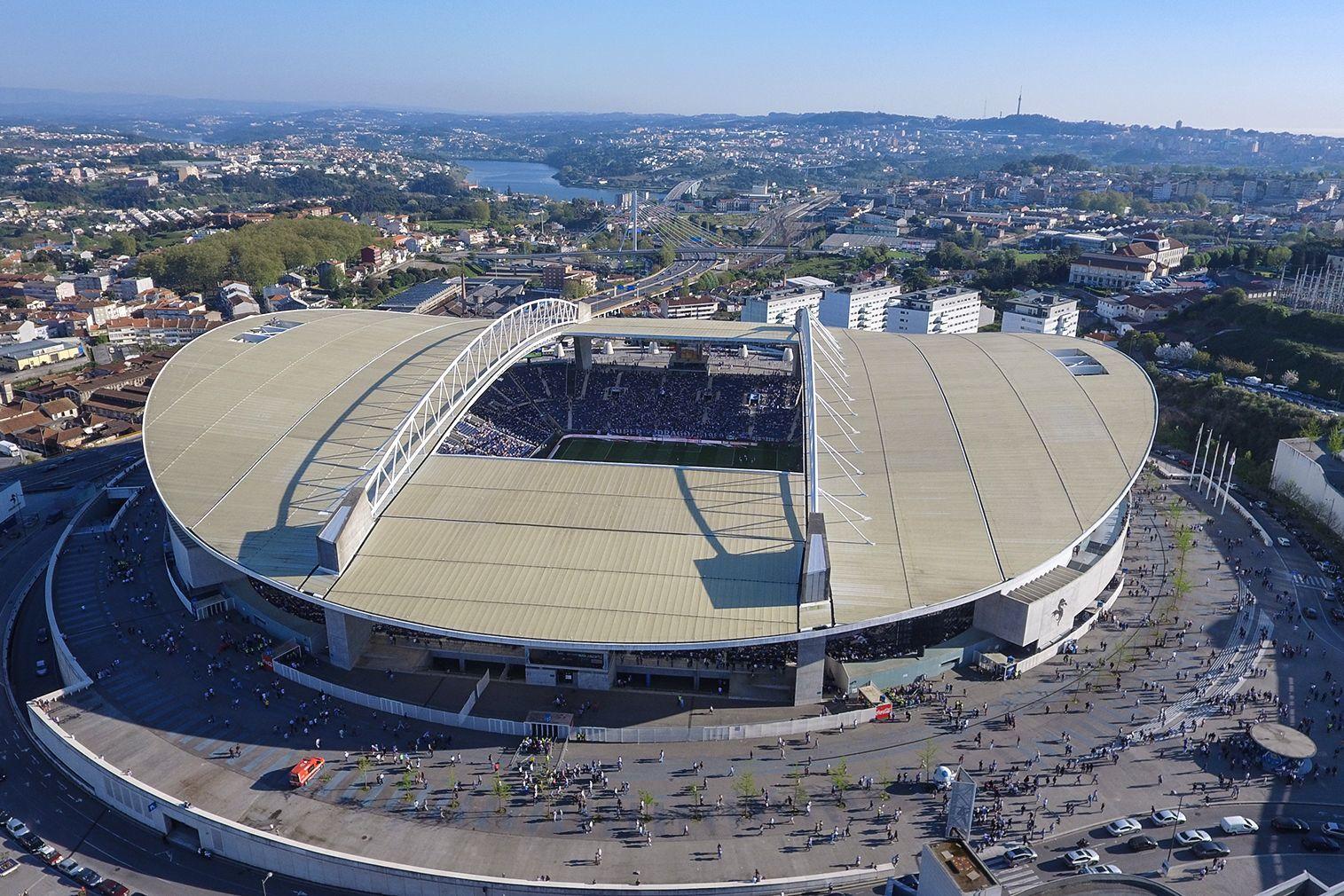 Estádio do Dragão vai receber final da Liga dos Campeões